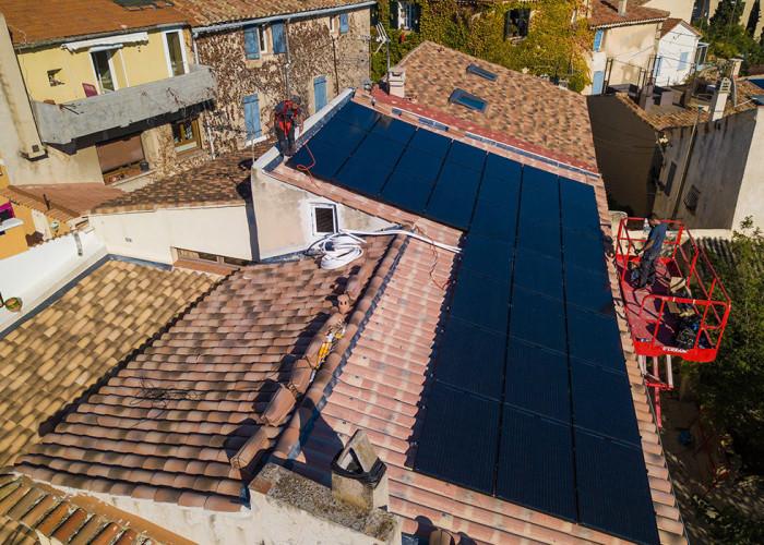 Avantages des panneaux solaires hybrides