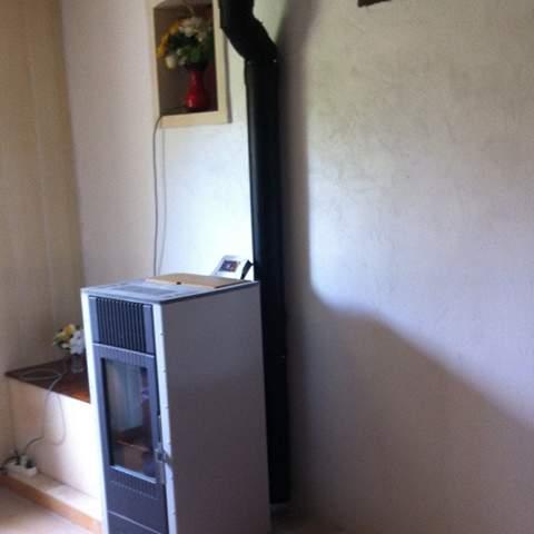 Installation d'un poêle à granulés à Salindres