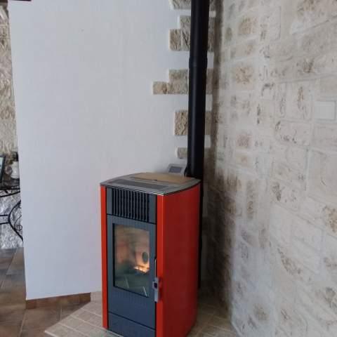 Installation d'un poêle à granulés à Caderousse
